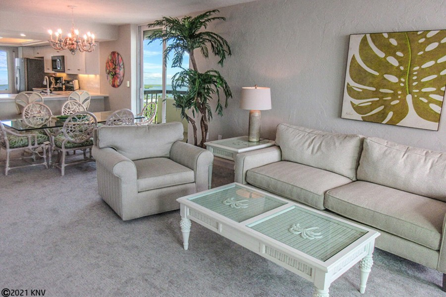 Beautifully furnished, Islands End 801 is the perfect getaway spot for your family