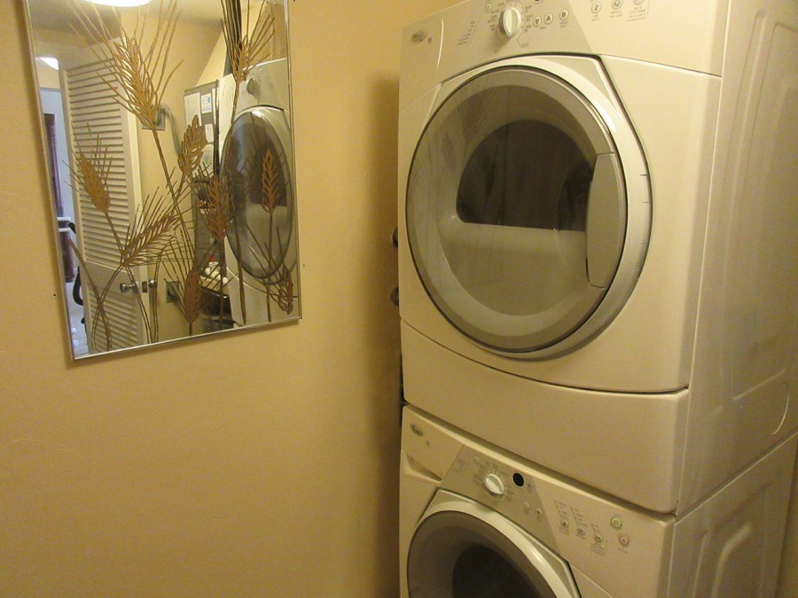 Brand New Washer Dryer in Unit