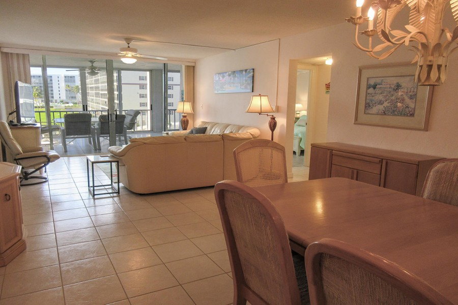Creciente 413N Beachfront Resort Condo