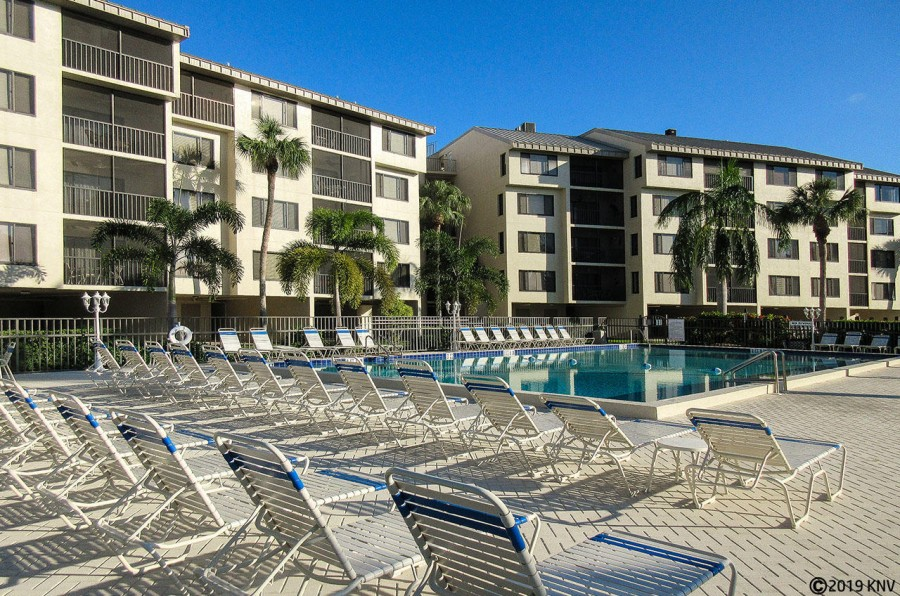Santa Maria has a largest heated pool on the island with sundecks and lounge chairs for all