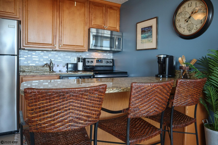 Granite Countertops, new Appliances and Breakfast Bar