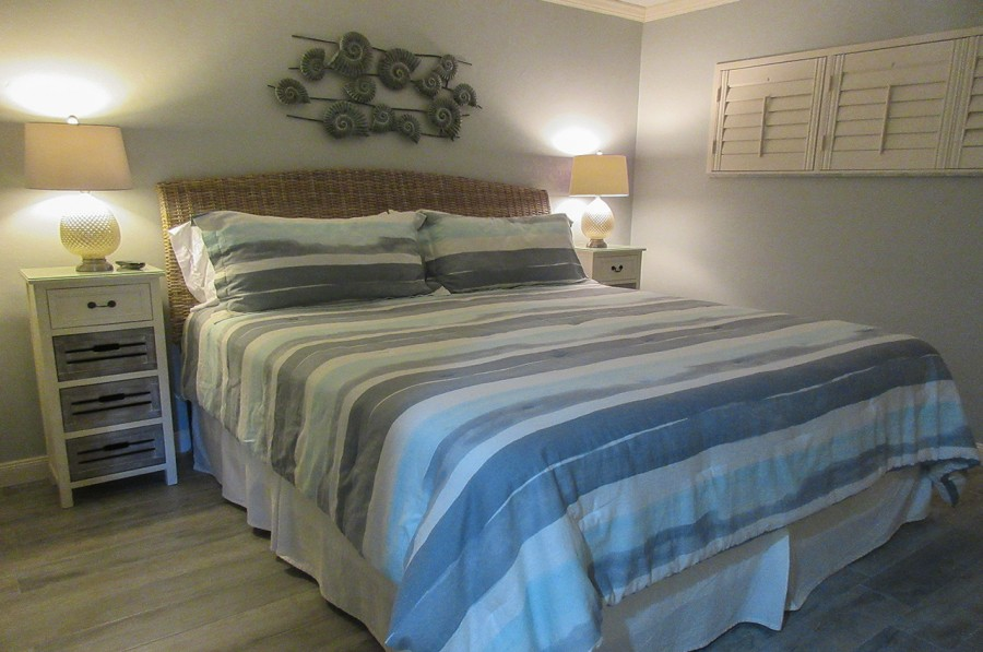 Sand Caper 108 Guest Bedroom with Queen sized bed