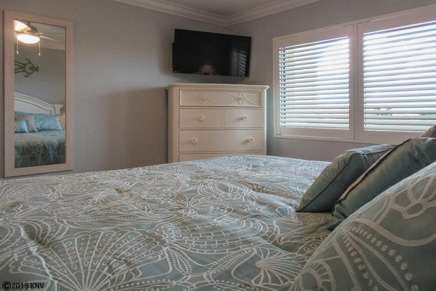 Guest Bedroom at Riviera Club 406
