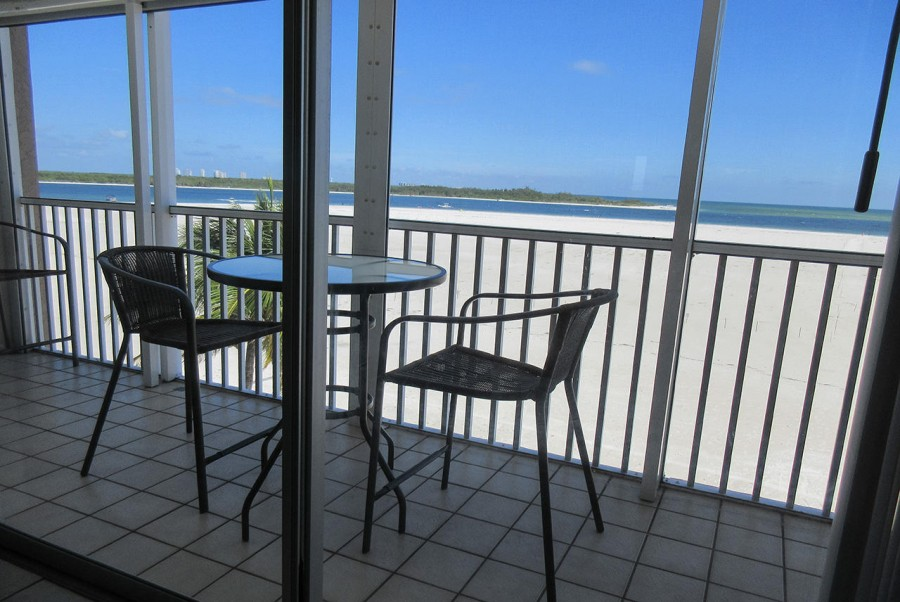 Screened In Lanai at Castle Beach 302 has gorgeous view of the Gulf