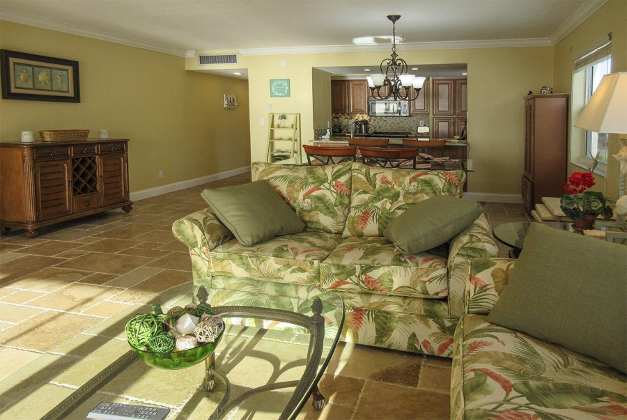 Spacious, newly remodeled living area
