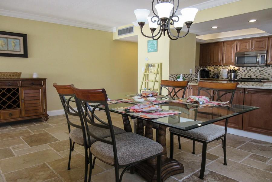 Elegant dining at Eden House 206