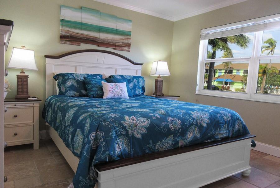 Guest Bedroom has Queen Sized Bed