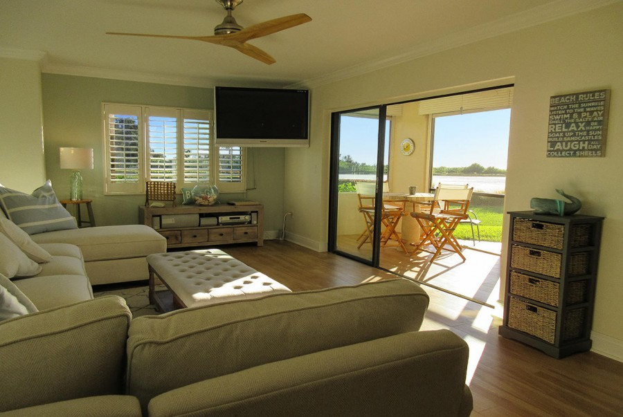 Sandarac 107A Newly Remodeled Beachfront Condo