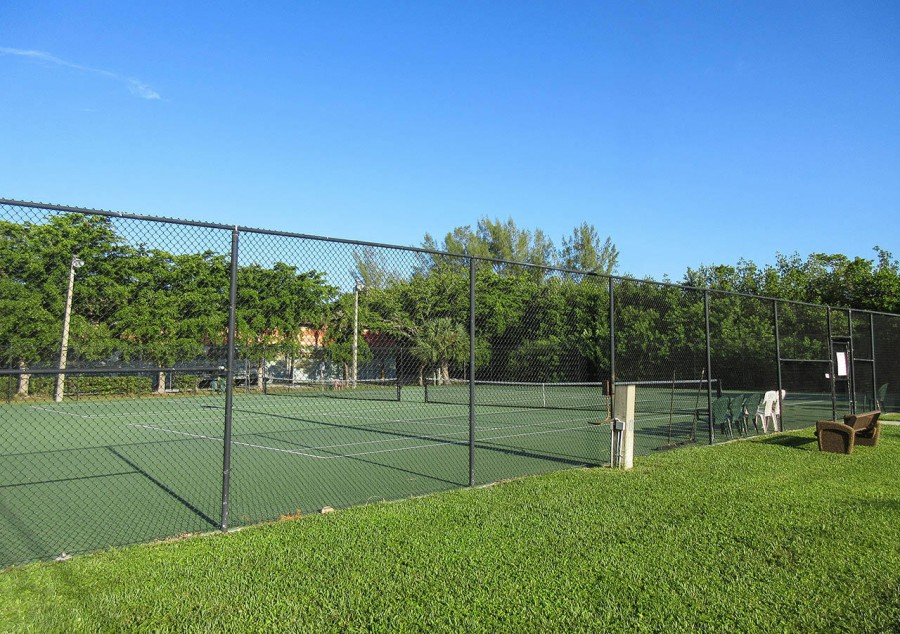 Tennis Courts for Harbour Pointe