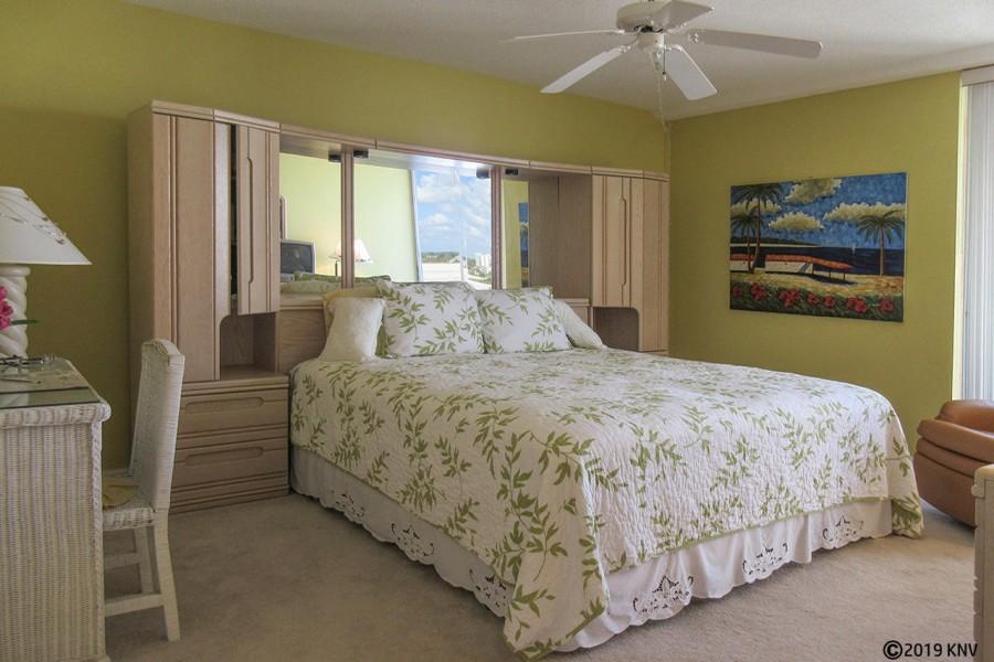 Master Bedroom at Creciente 913N