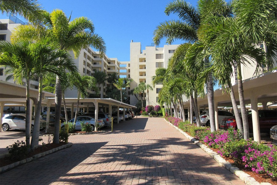 Sandarac Resort Condominiums