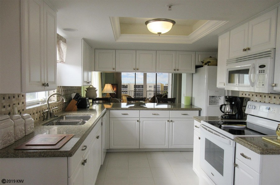 Wonderful Fully Equipped Kitchen at Casa Marina 521