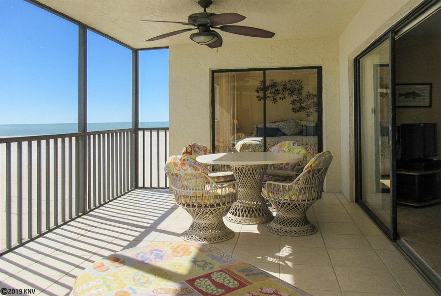 Fabulous Beachfront Carlos Pointe 421