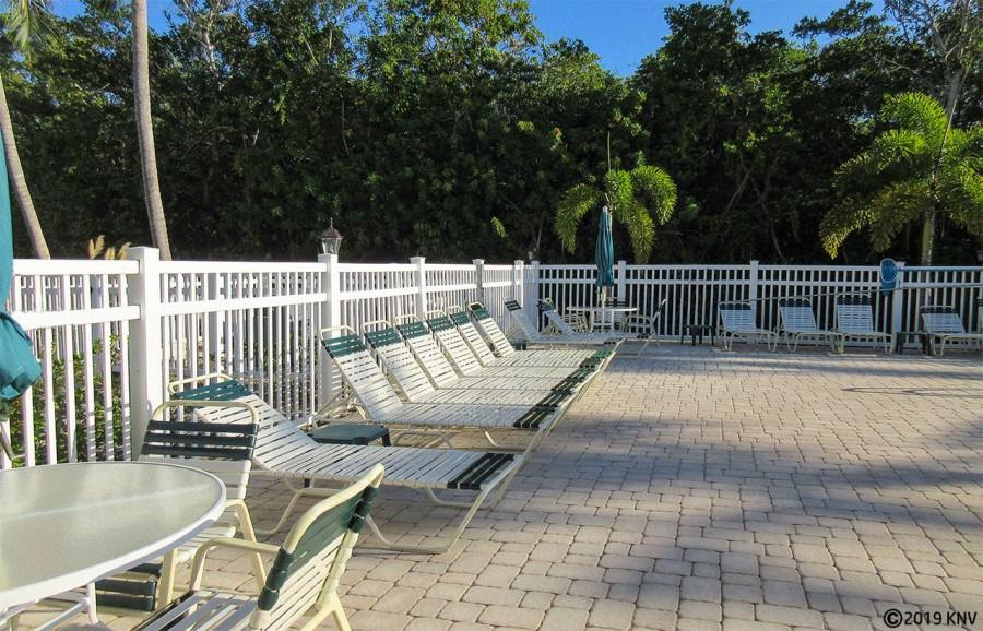 Estero Cove - relax in the sunshine