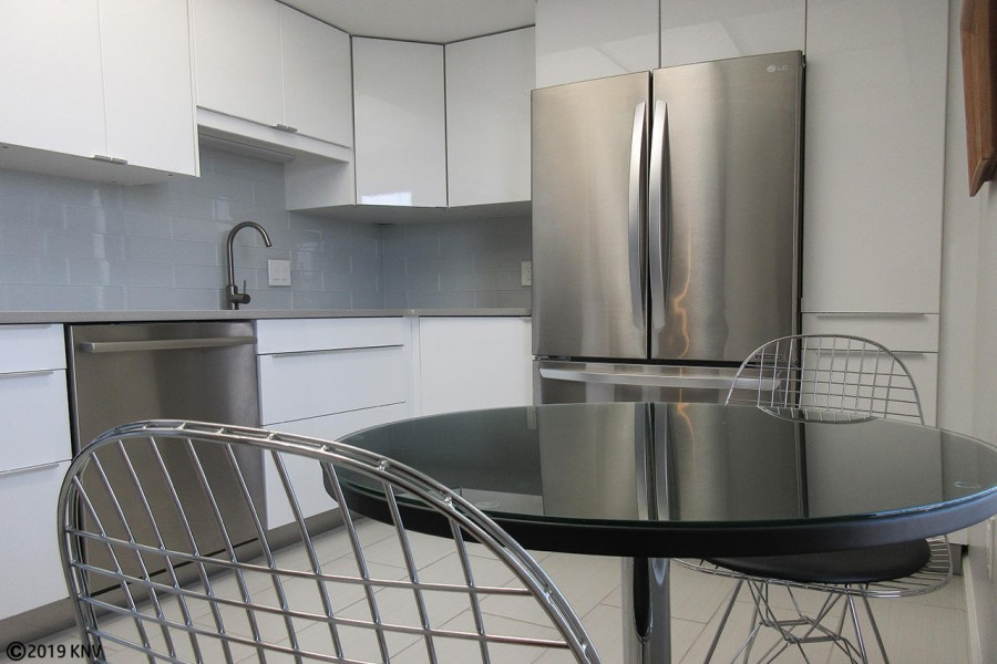 Clean and Efficient Kitchen at Island Reef 704