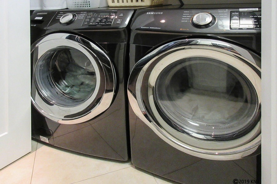 Brand new full sized washer and dryer allows you the convenience of fresh towels and returning home