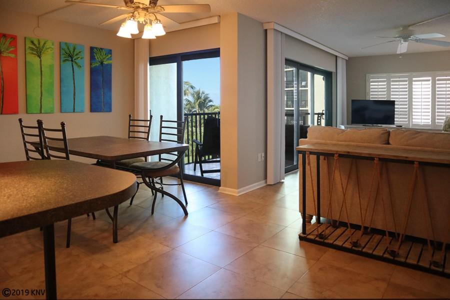 Lovely Sandarac 403B on Fort Myers Beach