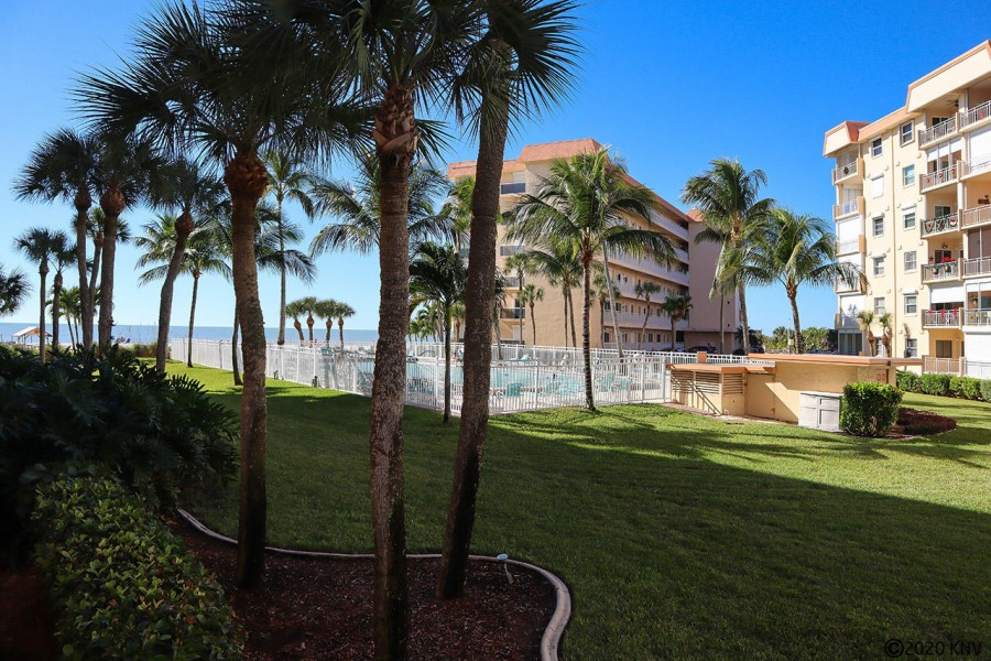 Gulf Views from your Balcony