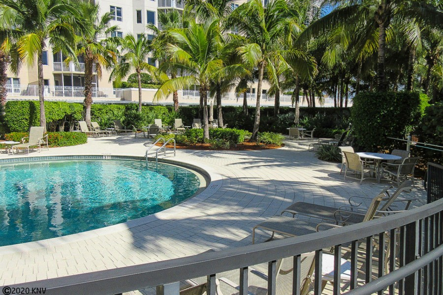 Beautiful Tropical Setting to Enjoy the First Class Amenities at Waterside.