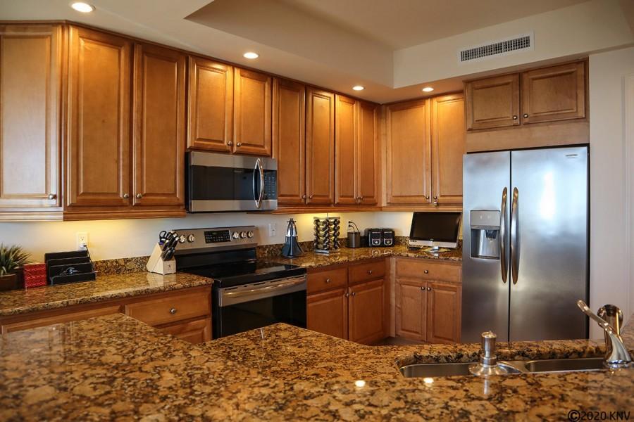 Beautiful Kitchen at Waterside 785