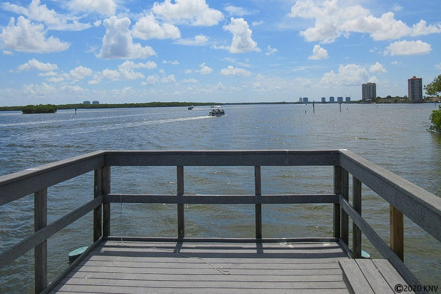 Waterside offers a Private Fishing Pier on the Bay for guests