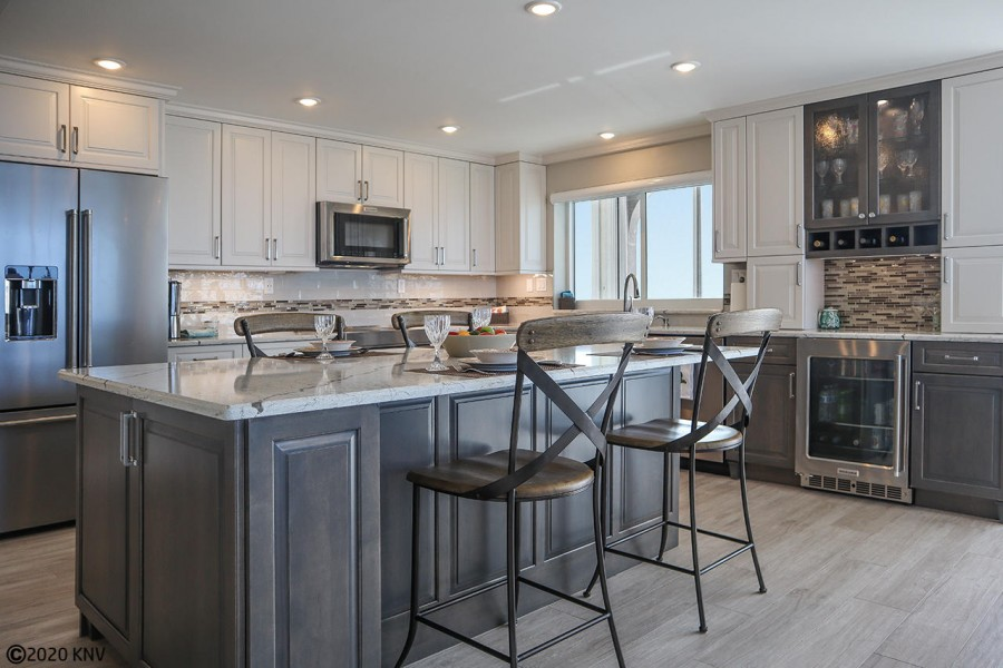 Look at this dream kitchen at Creciente 920E...the perfect place to relax and plan your day at the b