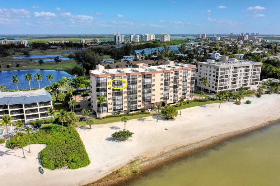 Excellent Beachfront Location on the Southern Tip of the Island - Shamron Beach Club 707