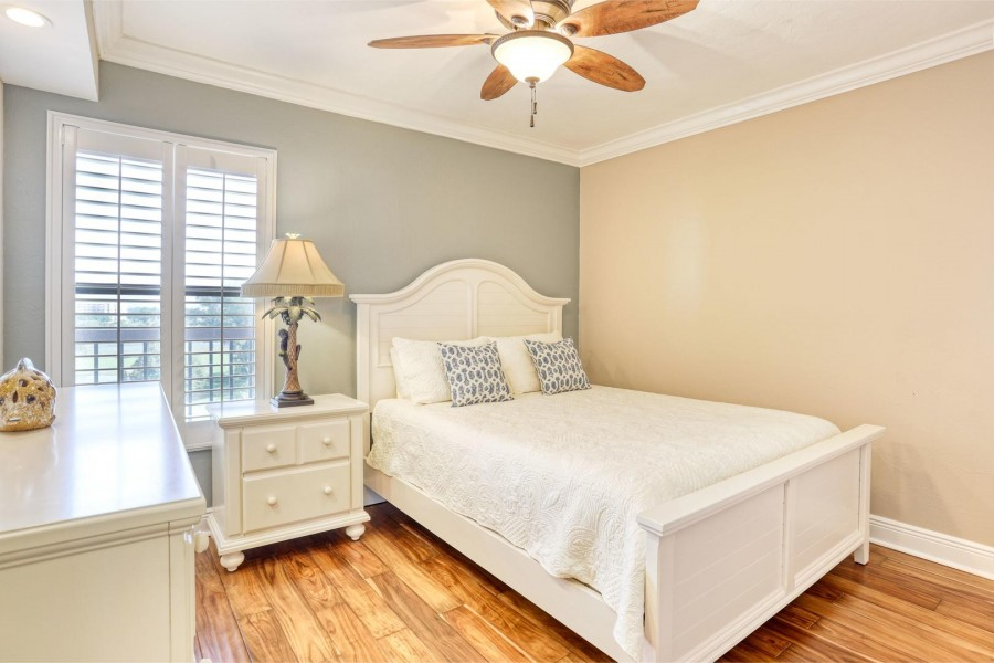 Guest Bedroom at Shamron Beach Club 707 has a Queen Sized Bed