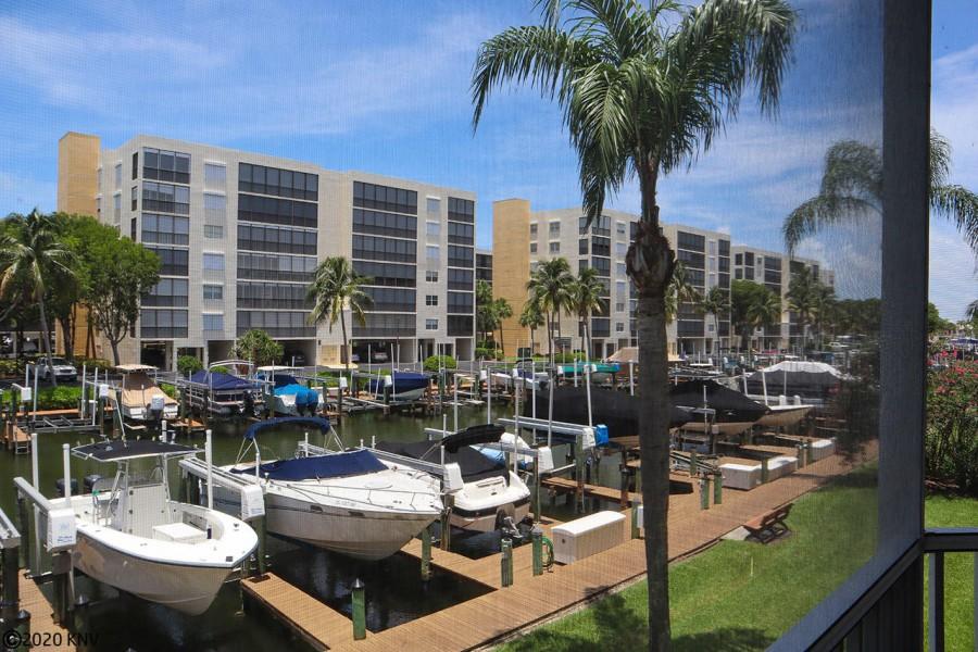 Your Own Island Getaway...Casa Marina Vacation Condo 121