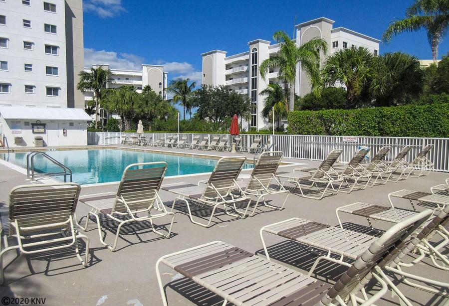 Casa Marina Private Heated Pool and Sundeck