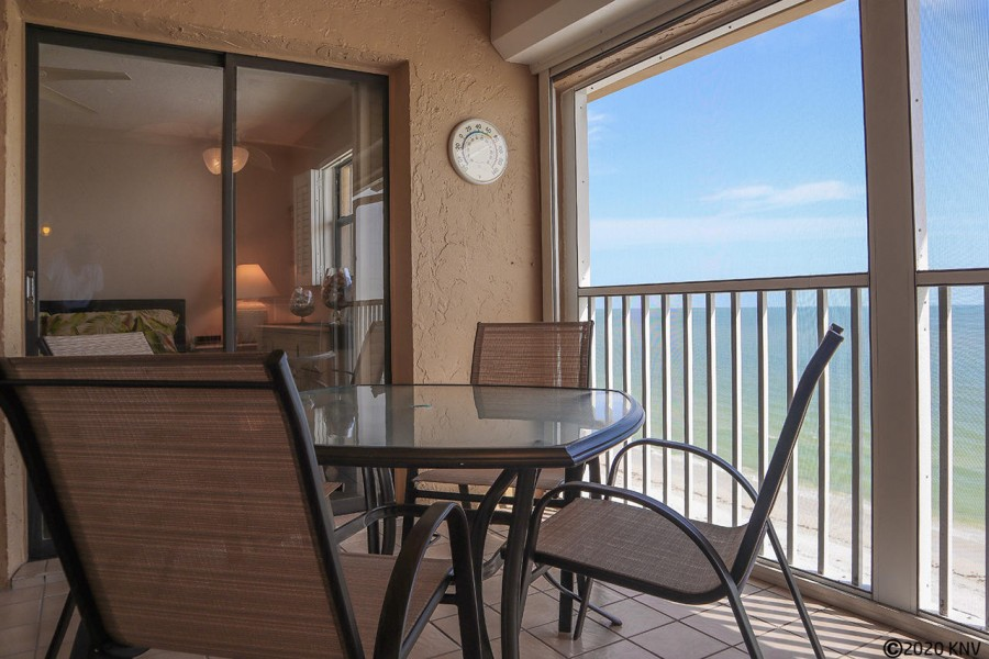 Direct view of the Gulf from your screened in lanai.