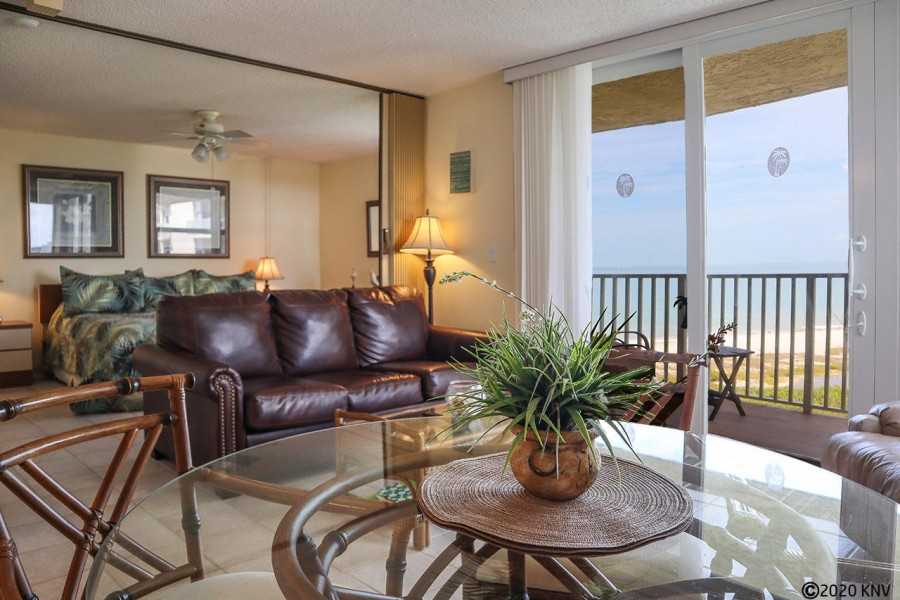 Estero Beach and Tennis Club 505B has a beautiful Gulf View from the 5th Floor.
