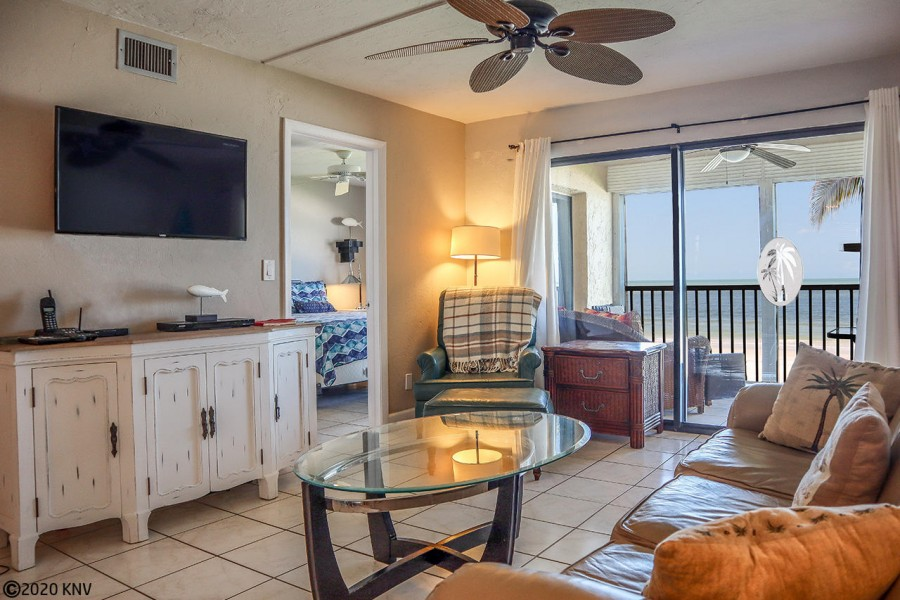 Smugglers Cove 1B5 is a 2B/2B vacation condo with everything you need to relax and enjoy our sunny w