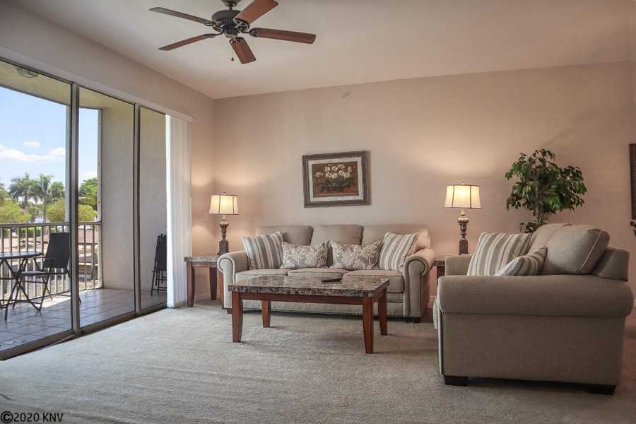 Comfortable accommodations at Casa Marina on the exclusive Bay Beach Lane, Fort Myers Beach
