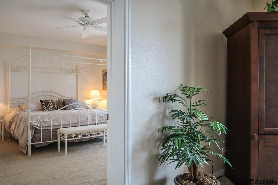 Large Master Bedroom En Suite is beautifully decorated and enjoys a wonderful ceiling fan for those