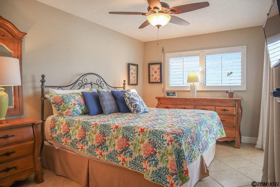 A true Master Retreat, your Master Bedroom offers a King-Sized Bed and its own wall mounted TV.
