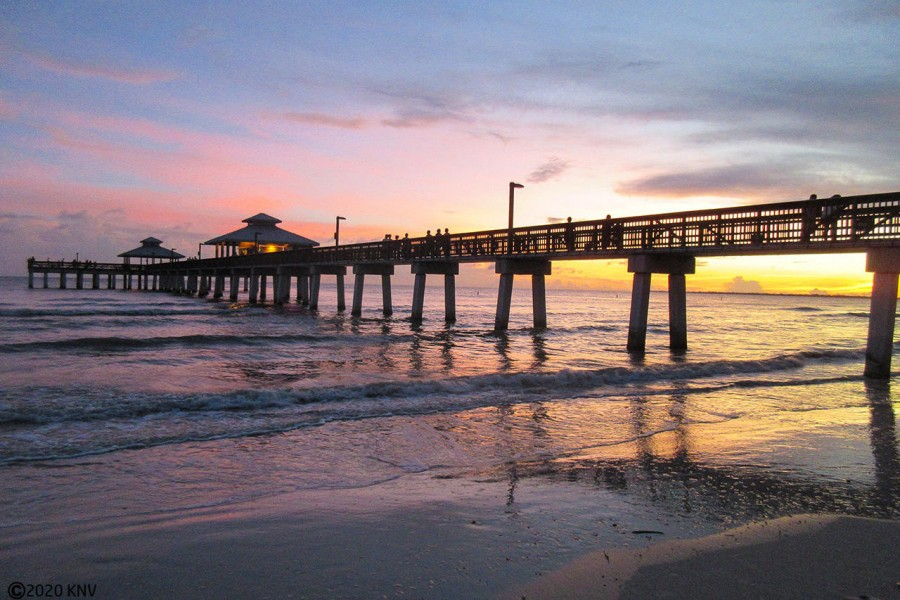 Our world-class sunsets on Fort Myers Beach