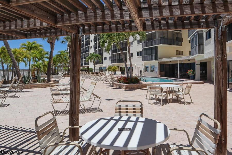 BBQ and Picnic area at Carlos Pointe Beach Club