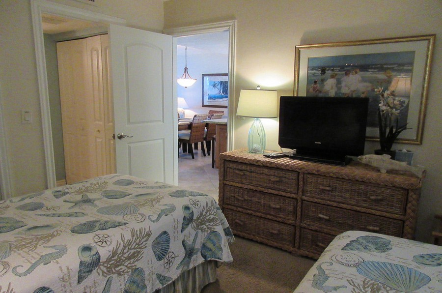 Carlos Pointe 612 Guest Bedroom with its own TV