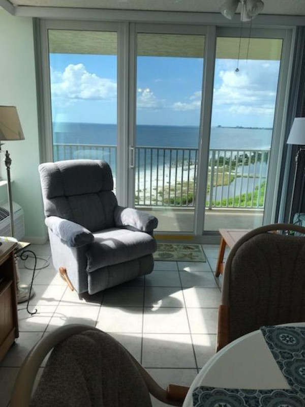 Welcome to this perfect beachfront vacation condo