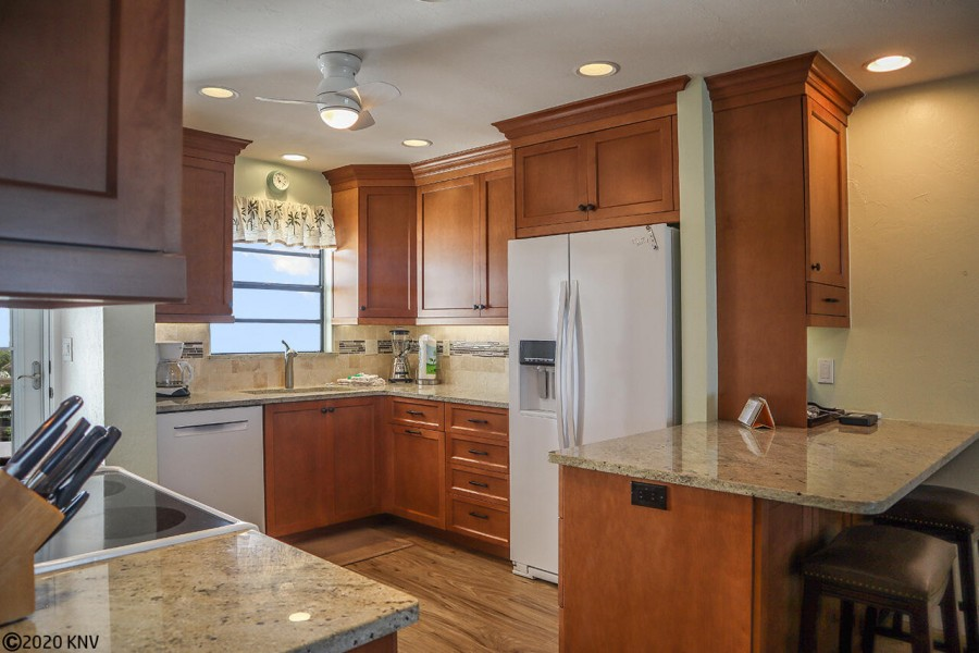 Fully Equipped Kitchen allows you to dine in when you wish.