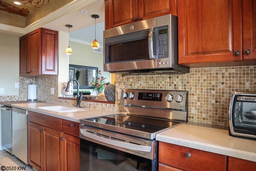 The owner spared no expense to outfit the kitchen with all new stainless steel appliances