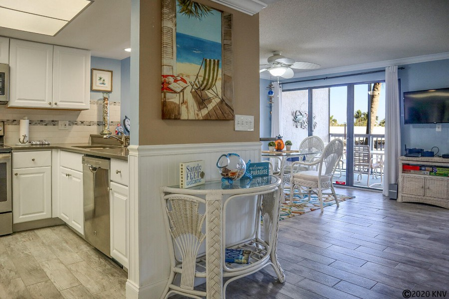 Wish you were here? You can be! Welcome to your next Florida vacation condo.