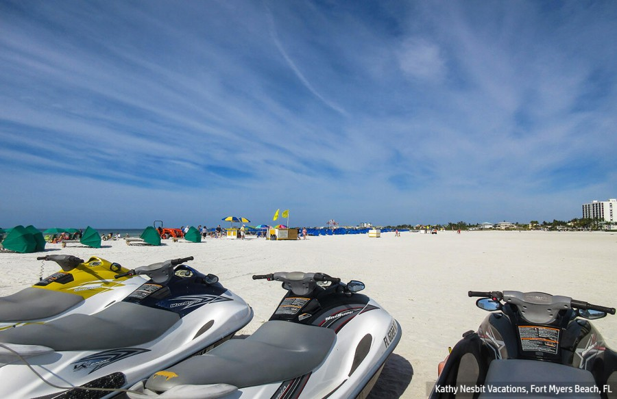 Fort Myers Beach offers family fun in the sun.