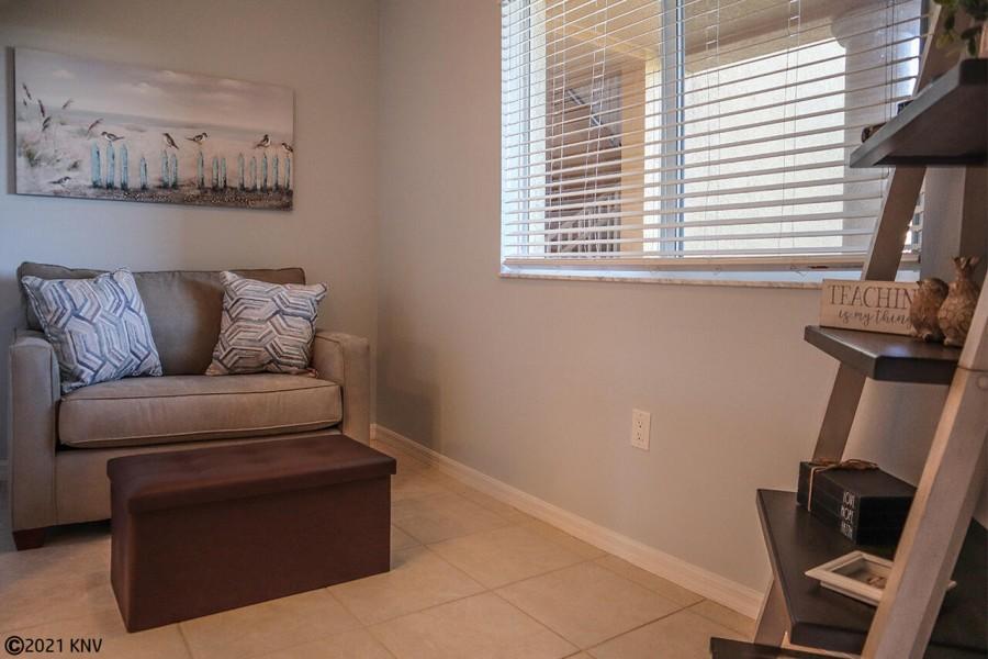 Den with single futon