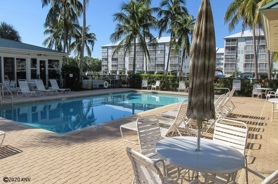 Hibiscus Pointe Heated Pool and Sundeck