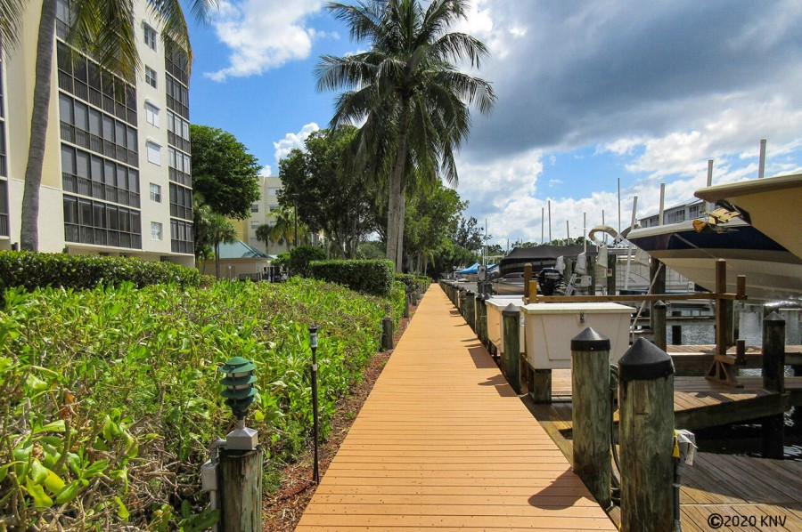 Hibiscus Pointe complex is lined with boat docks