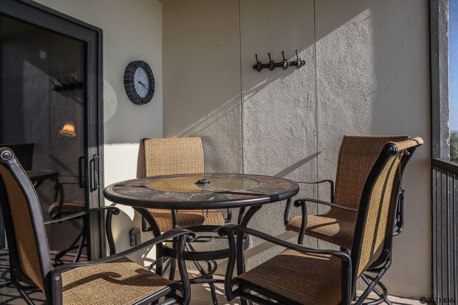 Enjoy hours of relaxation on your Screened In Lanai