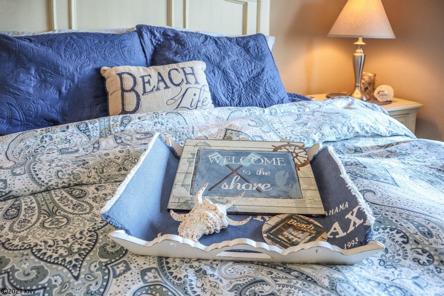 Welcome your guests to the Beach Life!