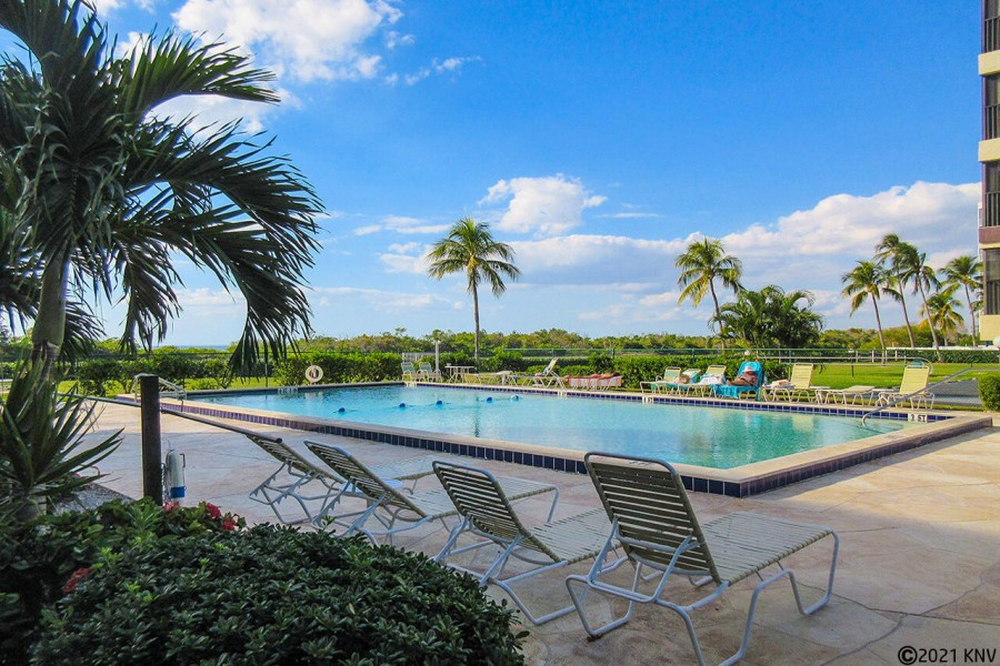 Terra Mar Heated Resort Pool
